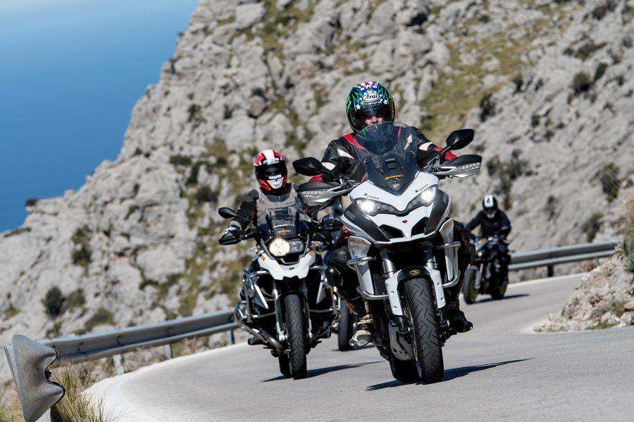 Safe distance on a motorbike